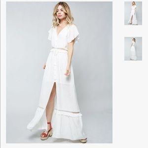 Elegant unworn maxi dress.